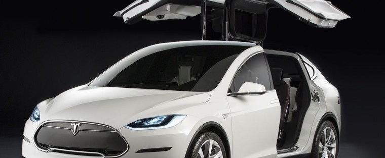 First Look: Tesla Model X High Tech SUV – You Gotta Pay to Play